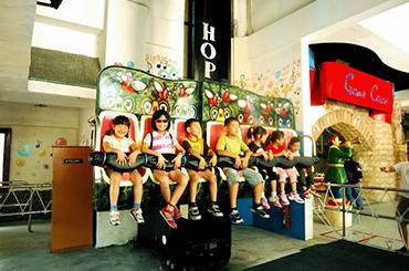 麗寶樂園-探索樂園簡介-陸上樂園簡介青蛙跳