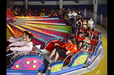 麗寶樂園-探索樂園簡介-陸上樂園簡介機械設施音速迴旋